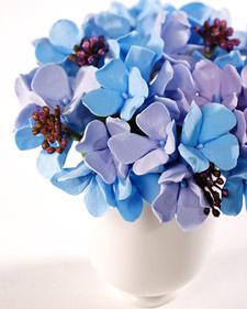 3148_040108_clayflowers_l